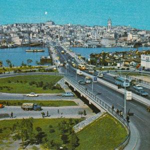 Instanbul 1960s Postcard.jpg